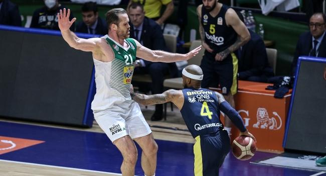 Fenerbahçe Beko, Bursa'da mağlup